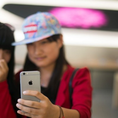 Apple Top In China As Smartphone Market Dips For First Time Since 2009