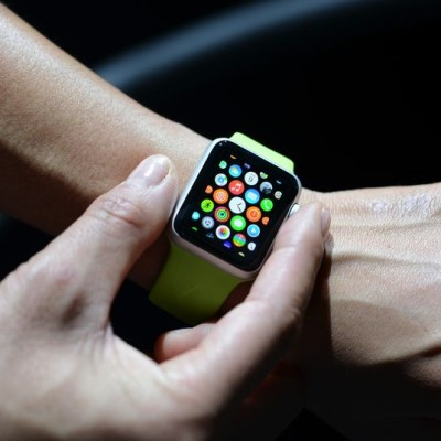 Apple Watch user fined $120 for skipping songs while driving